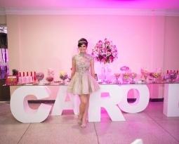 15 anos: a festa clássica – e de princesa – da Carol Neri ( Capricho Online)